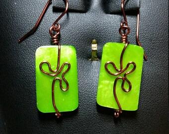 Lucky Green Alabaster Shamrock Wire Earrings