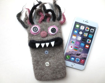 """Smartphone Monster """"Willy"""", felted, cell phone pocket, sleeve, iPhone 6 plus, mobile monster, felt, wool,."""