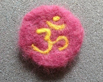 Om - Round Needle Felted Badge/Brooch