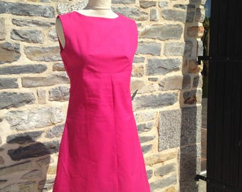 Vintage dress, model 60's very feminine pink belt decorated with flowers in the back