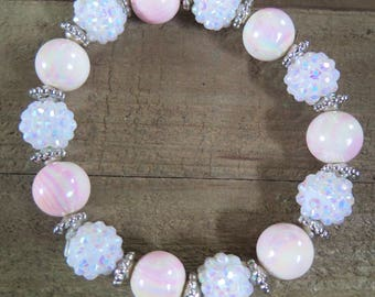 Pink and white stretch beaded bracelet
