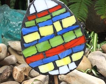 Mosaic Easter Egg and Chick