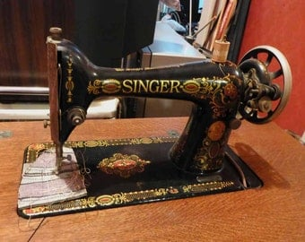 Antique Singer Sewing Machine Model 66 with Cabinet
