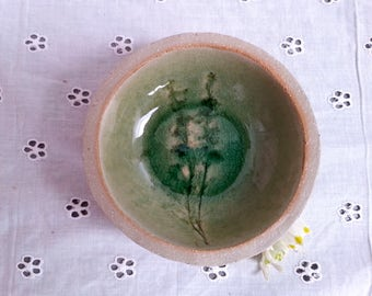 Ceramic SOAP dish shell thyme