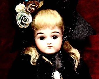 """Early Antique Kestner Doll ~ Closed Mouth ~ Brown Eyes ~ 19"""""""