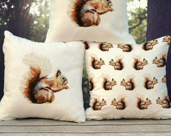 Squirrel Cushion Illustrated (Fibre filled)