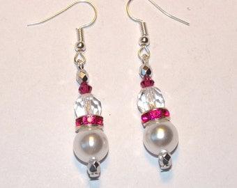 STUNNING Pearl and rhinestone fuchsia Silver earrings