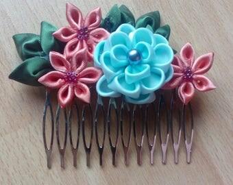 Blue tsumami kanzashi tones hair comb - pink