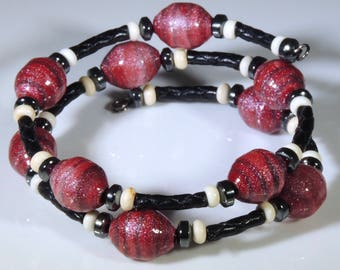 Touch of Fire (Upcylced Paper Bead Bracelet/HP0007)