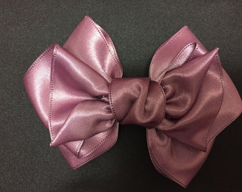 Purple  pretty Ribbon / hair bow