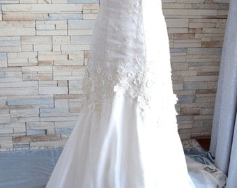 Romantic Cream Layered Wedding Gown