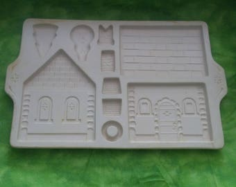 Longaberger Gingerbread Country Cottage