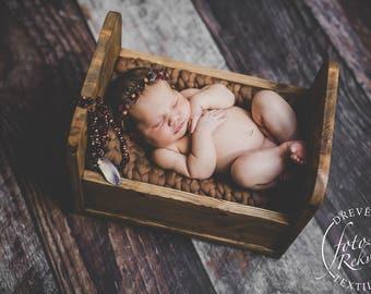 LITTLE BED - newborn photo prop