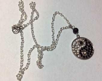 "Necklace for woman ""Yin and Yang all in strass"""