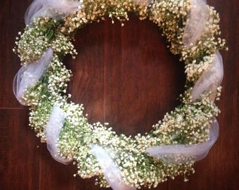 Fresh Baby's Breath Flower Wreath