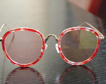 Red Circle Sunglasses