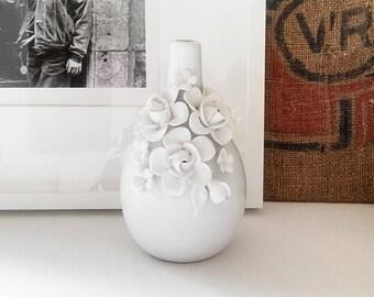 Vase/white biscuit praticality of year 1970. France vintage