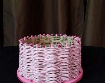 Pink Round Sweetheart Basket