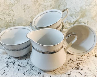 Empress China Creamer and Teacups In Crown-Patinum 1836 - Japan - White
