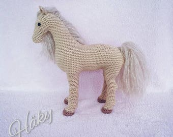 Crocheted amigurumi horse gift pony gehäkelt Pferd