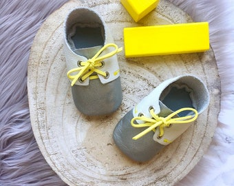 Leather baby shoes for baby girl, baby boy, silver, grey, yellow, baby shoes for baptism, baby shower gift, baby outfit baptism, baby party