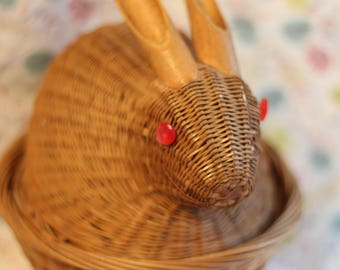 Vintage 1970's wicker and rattan bunny basket.