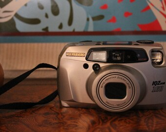 Vintage Point & Shoot Pentax IQZOOM 160 Autofocus
