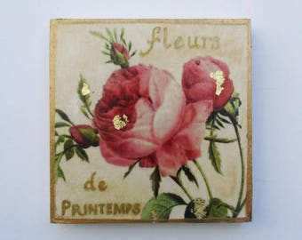 Shabby Chic Style Roses, Vintage French Perfume Ad, Fleurs de printemps, Beautiful Rose Wall Art, Gift for Her
