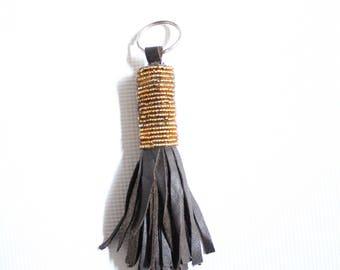 Maasai beaded keychain-Keychain-Handbag keychain-African beaded keyring-African keyring-Beaded keyring-Beaded keychain-Beaded tassel