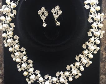 Bridal Crystal Jewelry Set Pearl Necklace and Earring Set