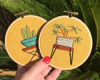 midcentury modern houseplant embroidery hoop