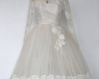 "A Vintage Dress - ""Taylor."" 1950's Vintage Full Length Lace Bridal Gown."