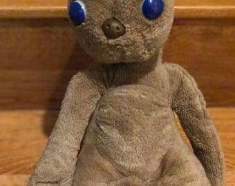ET Extra terrestrial plush stuffed Animal by Showtime, vintage 1982