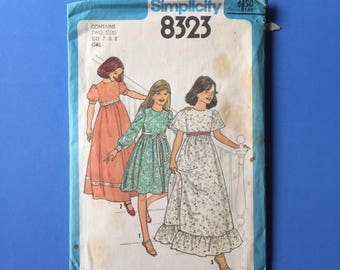 Vintage Pattern - Simplicity 8323 Girls' Dress