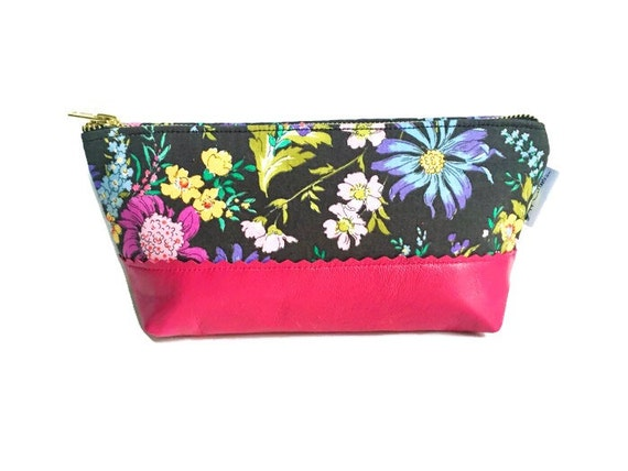 Makeup Bag, Leather Pouch, Travel Bag, Toiletry Bag, Leather Makeup Bag, Leather Toiletry Bag, Black Cosmetic Bag