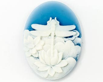 30mm x 40mm White and Blue Dragonfly and Lotus Cameo #FPA109