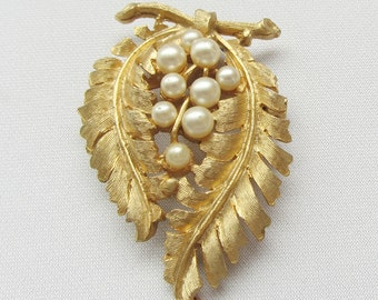 Unsigned Leaf and Pearl Berry Brooch- 1950's