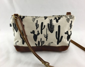 SALE Emma Crossbody Bag in Cactus Print