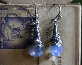 Fairy Lights - Guitar string earrings with spectrolite by Strung-Out