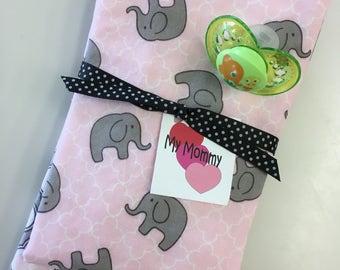 Burp cloth setof  2 for baby girl.  Elephant and qua trefoil quatrefoil print. Pink Gray  White