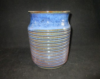 vase or utensil holder with ridges in blues, stoneware pottery