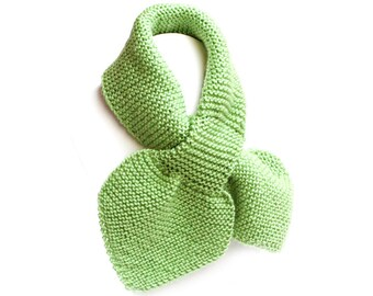Kids Green Pull Thru Knit Scarf. Toddler Keyhole Muffler 2 to 4 Years. Child's Winter Neck Warmer Wrap. Bow Tie Loop Scarf Ascot
