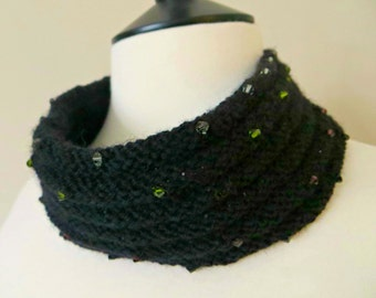 Crystal Cowl Knitting Kit (yarn) - BLACK