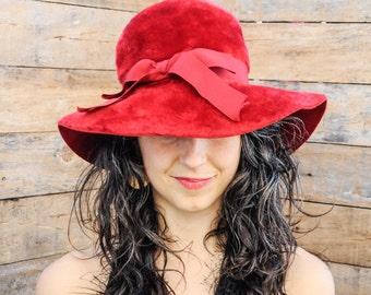 1960s, Kentucky Derby Hat, Red Brim Hat, Wide Brim Hat, Felted Wool Hat, Derby hat, Wedding Hat, Church Hat, Ascot Hat, Tea Party Hat, USA