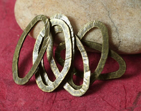 Hand hammered antique brass thick oval link 23x11mm, 6 pcs (item ID YWABXW00327K)