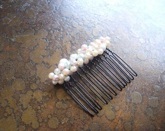The Sea is Your Oyster Pearl Mix Wired Hair Comb