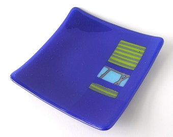 """Bright Modern Dish - Rich Royal Blue - Reactive Glass Inclusions - Spring Green - Kiln formed - 8"""" Square - Cyan and Lilac"""