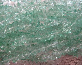 Chip Glass Green 2  -  12 inch strands