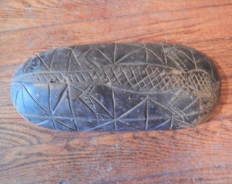 Vintage . Lobi . Burkina Fasso . Wood Carved Bowl with Carved Lizard Decor