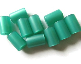 10 13mm Green Tube Bead Vintage Lucite Beads Moonglow Lucite Bead Loose Beads Old New Stock Beads Plastic Beads Acrylic Beads Jewelry Making